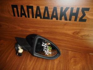VW Golf 7 2013-2019 ηλεκτρικά ανακλινόμενος καθρέπτης δεξιός μαύρος 11 καλώδια φως ασφαλείας